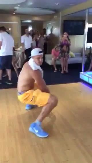 Big Boy Toys In Miami : Shirtless gronk twerks in miami rob gronkowski