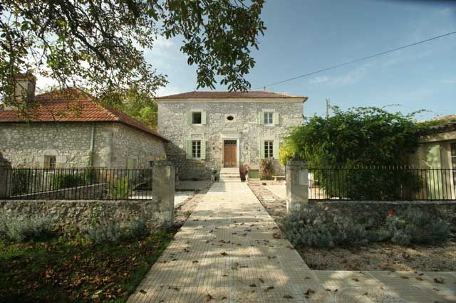 Stunning property from classic-french-homes Le Provence