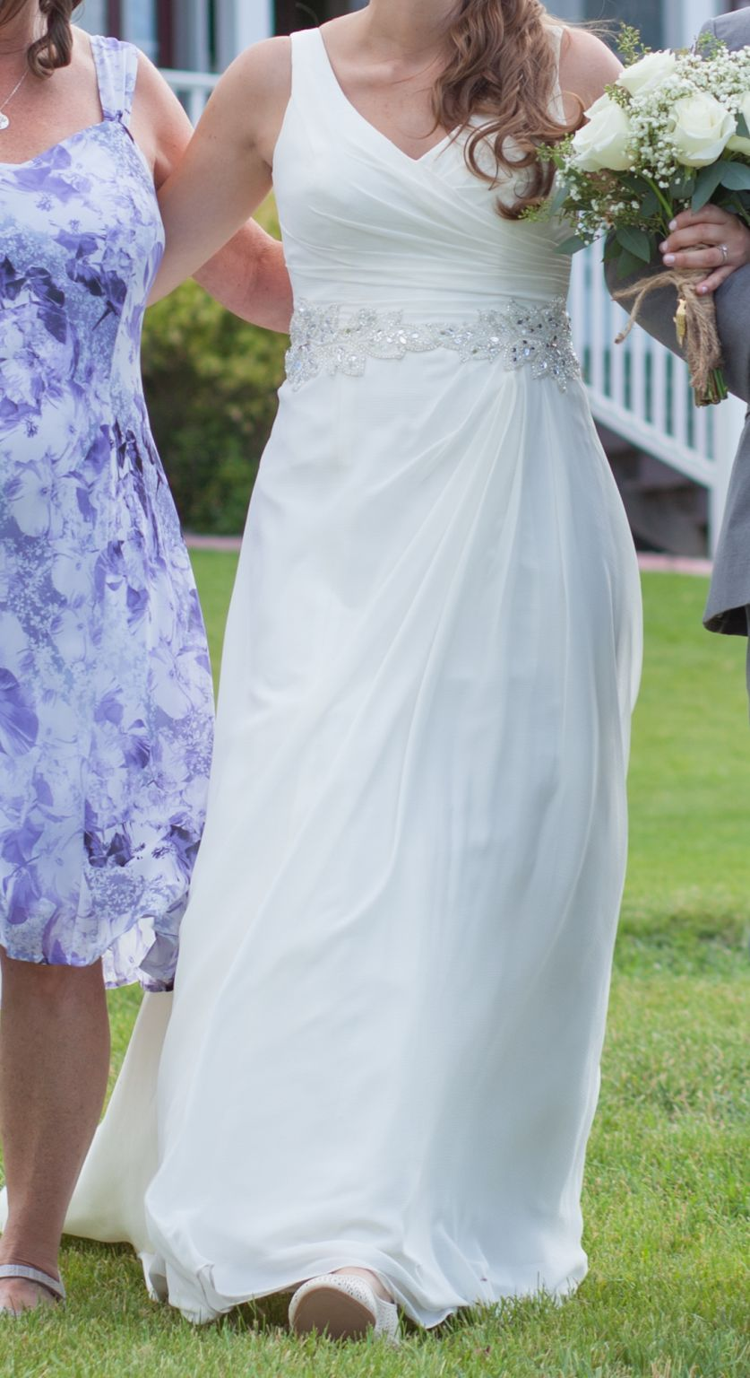 947626a3b37b David's Bridal V3677, $350 Size: 10 | Used Wedding Dresses | wedding ...