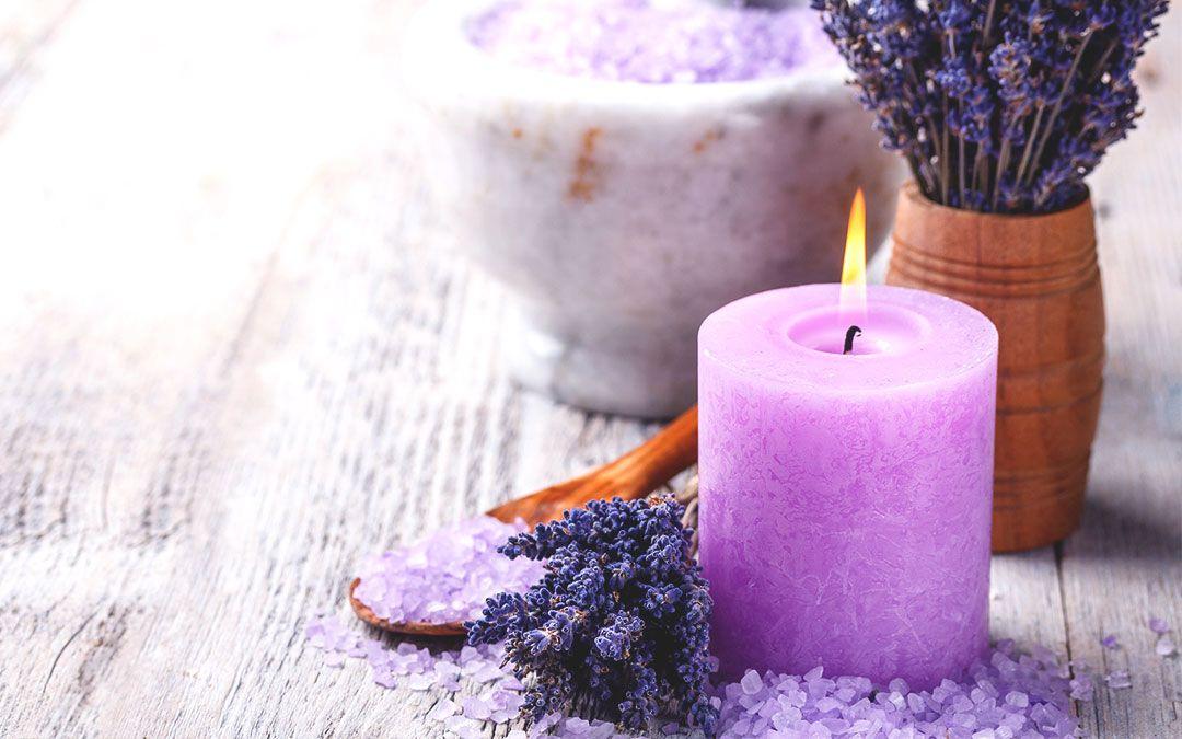 Consejos esenciales  al utilizar velas de aromaterapia. #AdelaideEspacios #Belleza #SaludNatural