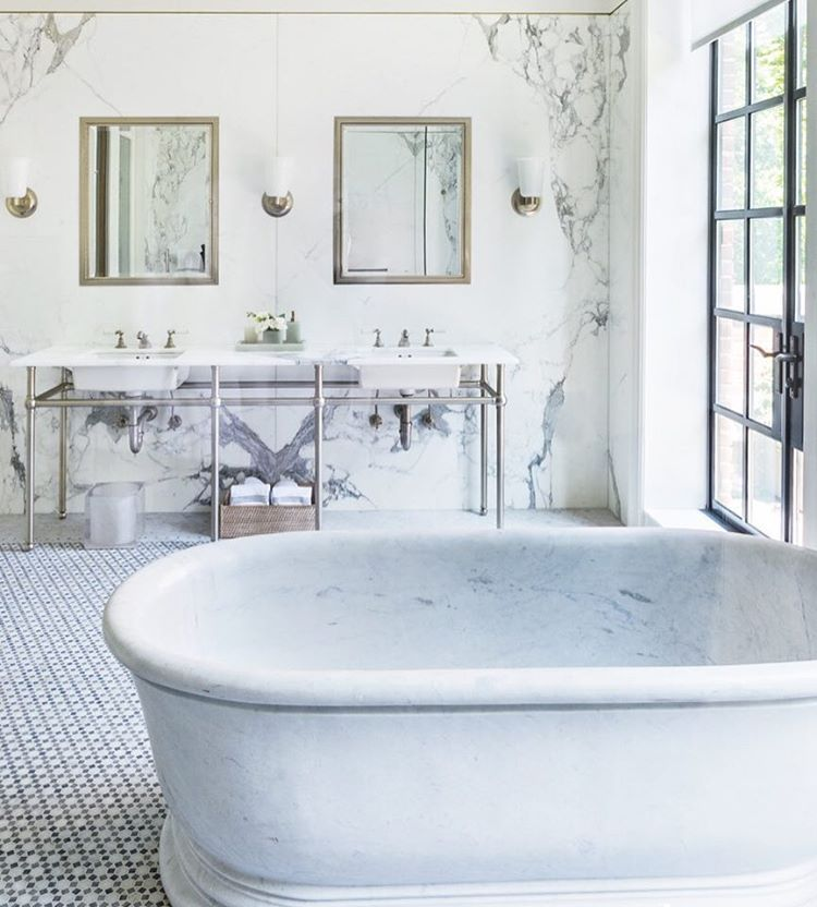 See this Instagram photo by @luxemagazine • 3,962 likes Gorgeous marble tub