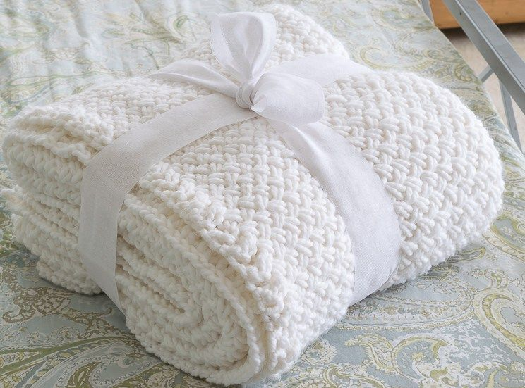 Knit Blanket with Diagonal Basket Weave Stitch   Tejidos de punto ...