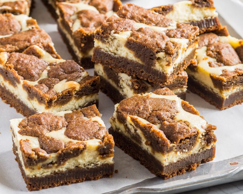 Gingerbread Cookie Cheesecake Bars - Bake from Scratch