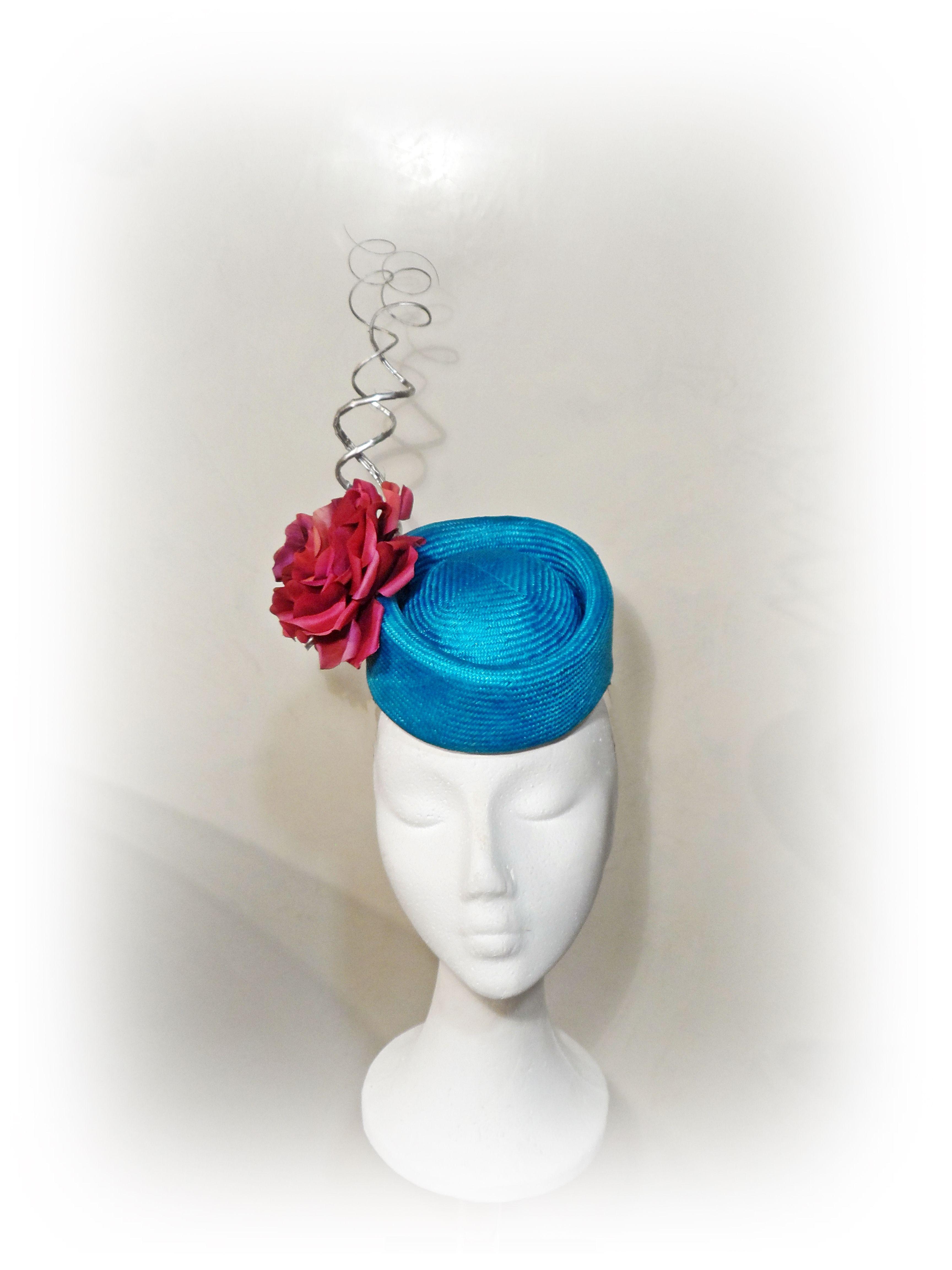 http://eugeniajimenez.blogspot.com.es/2014/11/curso-de-sombrereria.html