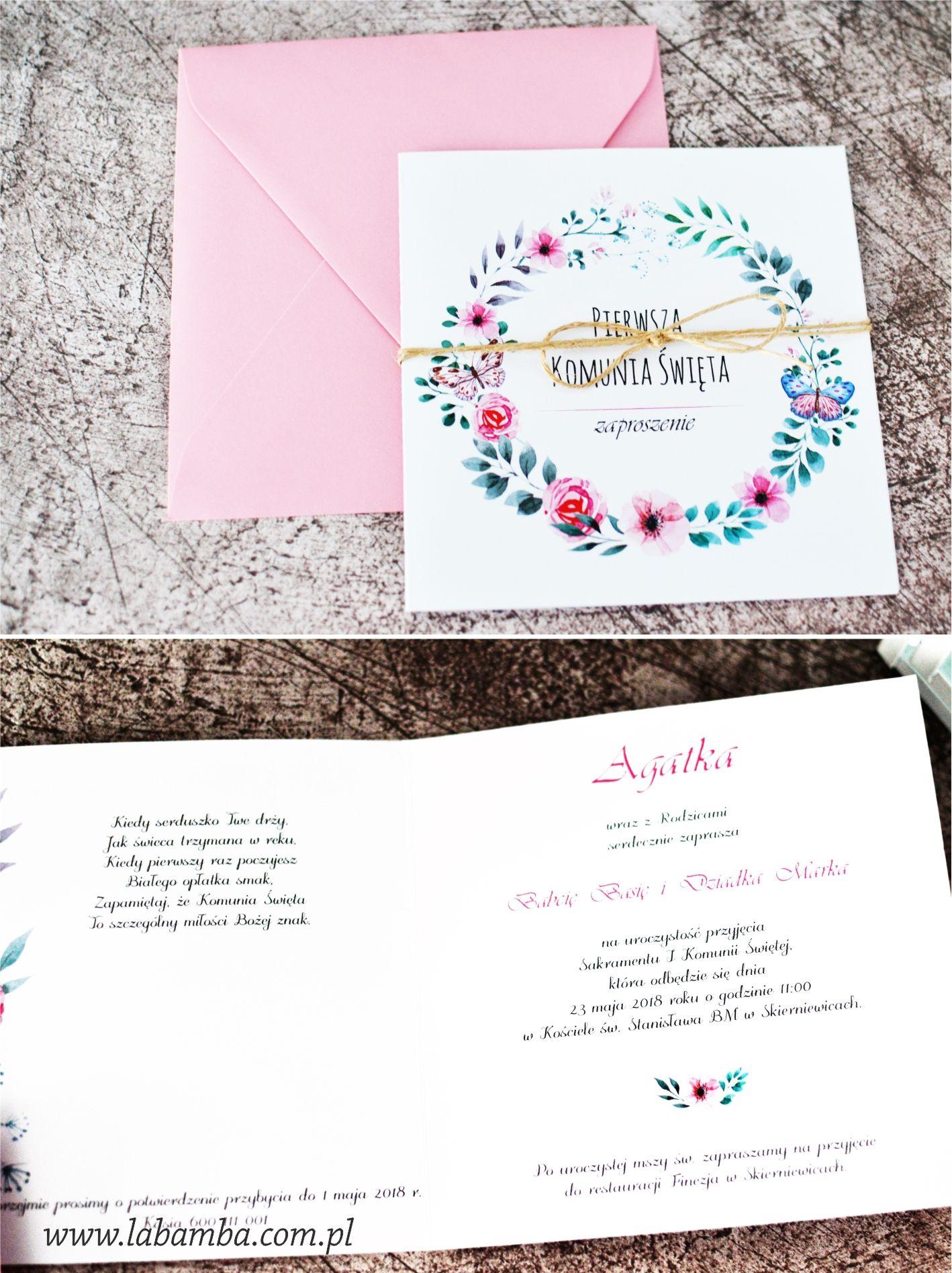 Zaproszenie Na I Komunie Swieta Ze Wzorem Kwiatowego Wianka Zaproszenie Moze Byc Przewiazane Dekoracyjnym Sznurkiem Cards Holi