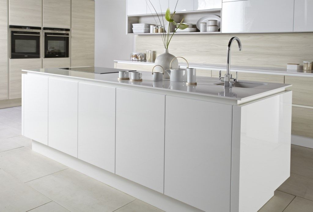 burbidge's bleached walnut and gloss white kitchen