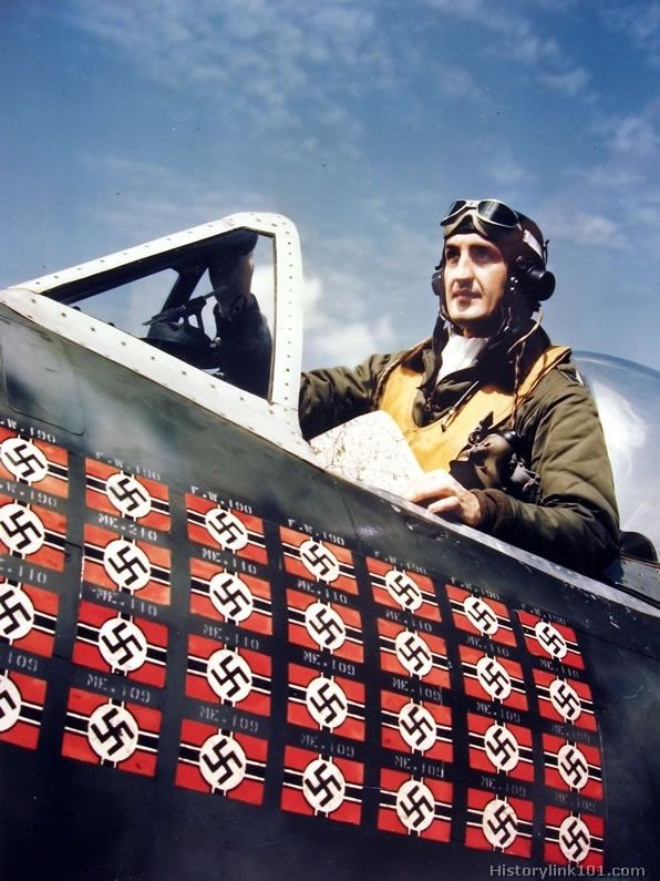 """Francis """"Gabby"""" Gabreski (1919 - 2002) - top USAAF ace, he learned how to fight the Luftwaffe from the best of the best - Polish fighter pilots of the RAF."""