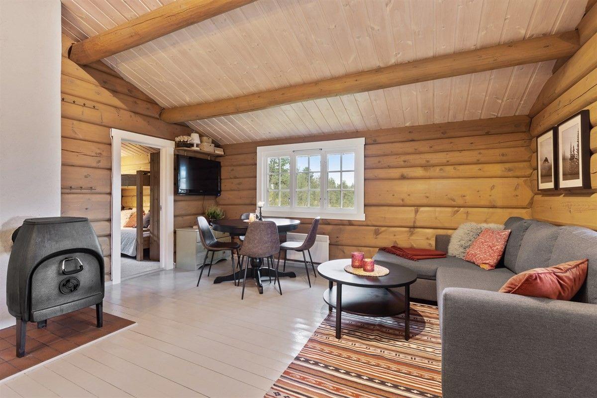 Photo of Resdalen – Koselig hytte med tilbaketrukket beliggenhet. Sommervei. Ta kontakt f…