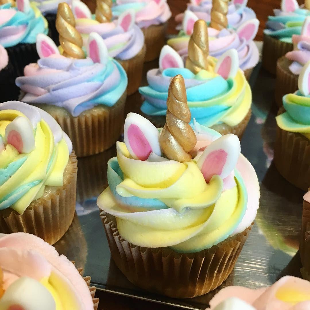 A Little Unicorn Magic For Your Saturday Unicorn Unicorncake