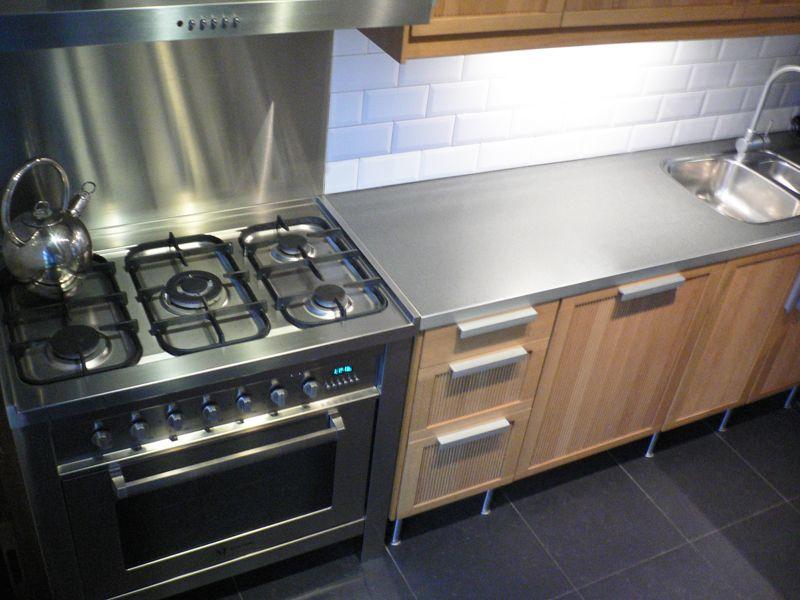 Puurbinnen Ontwerp Keuken Boretti Fornuis In Combinatie Met Ikea Opstelling Is Een Geslaagde Combinati Keuken Ontwerp Interieurontwerp Keuken Keuken Interieur