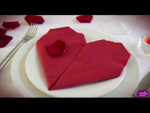 Pliage de serviette en papier en forme de cœur - LaBelleAdresse