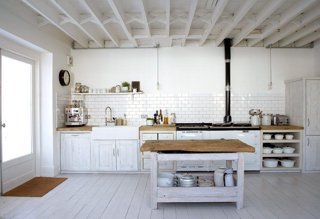 Cocina Rustica Con Madera Blanca Imagenes Y Fotos Cocinas De