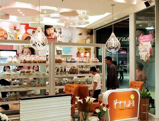 SMALL Bakery and Coffee shop design ideas Architecture Interior