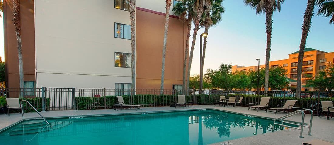 Cheap, Smoke Free Hotels in Jacksonville, FL Red roof