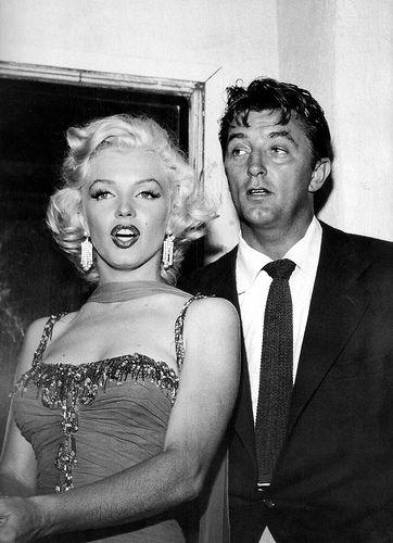 Marilyn Monroe and Robert Mitchum   Flickr - Photo Sharing!
