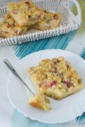 Rhabarberkuchen mit Vanillepudding vom Blech