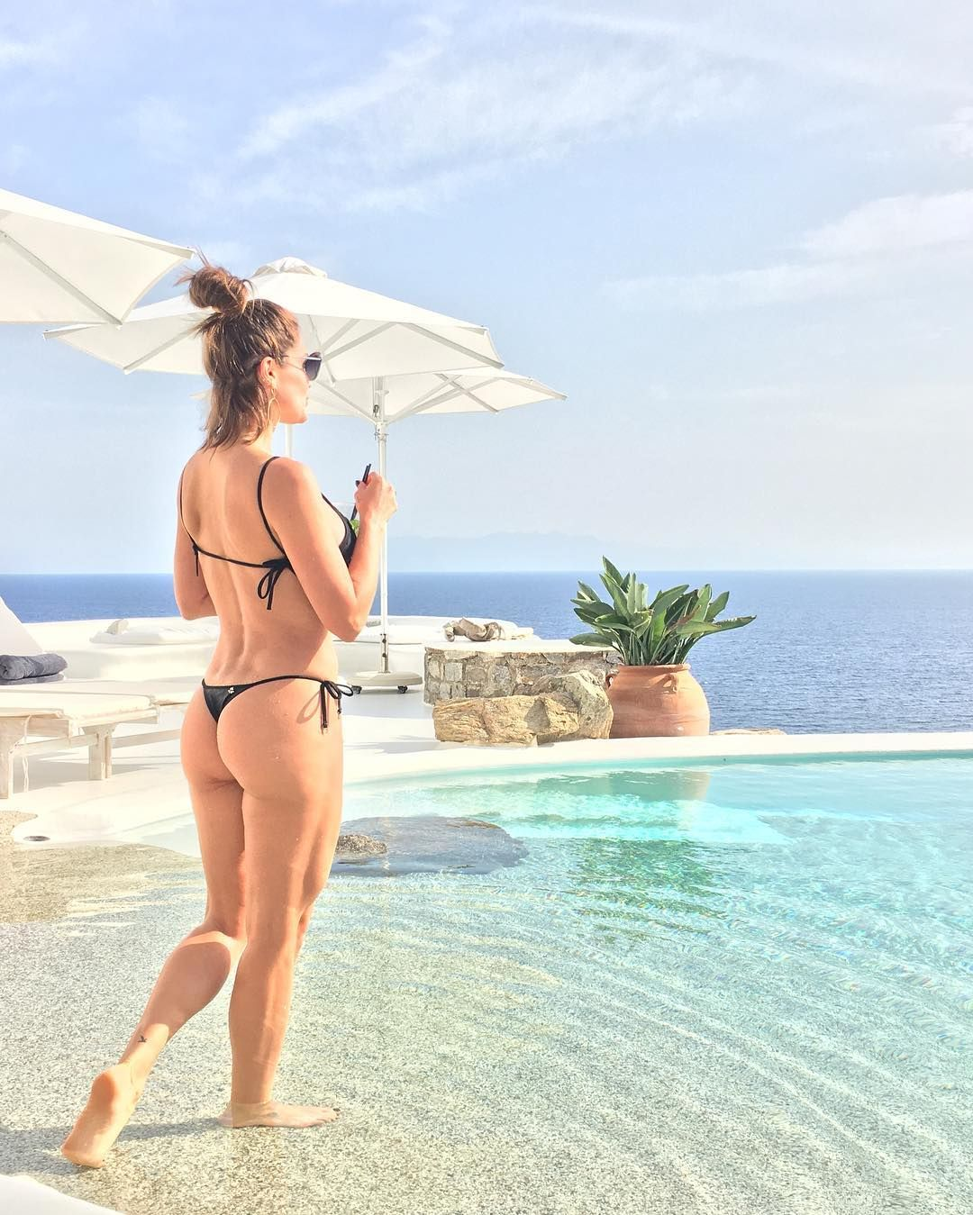 Instagram Flavia Alessandra nude photos 2019