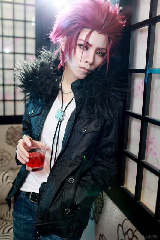 k anime cosplay: Red King -Mikoto Suoh- From K-project By Yuegene. Quite
