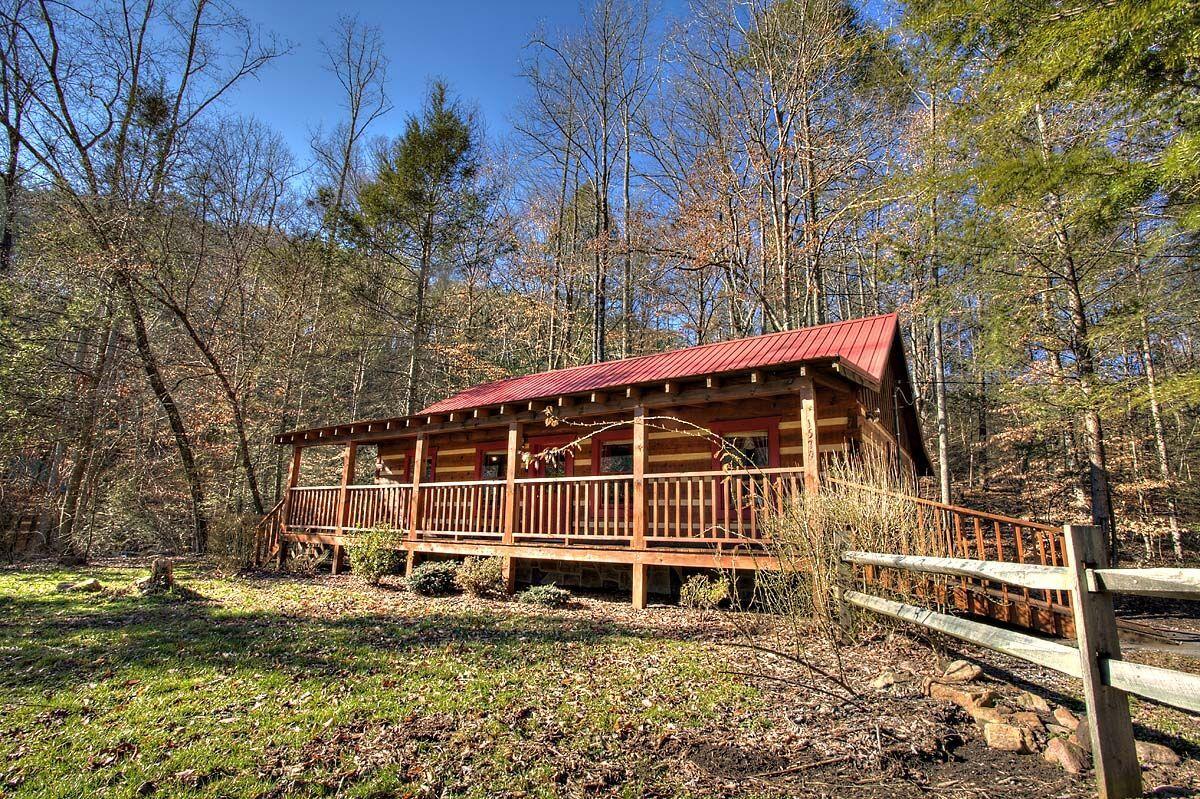 7th heaven 2 bedroom cabin in sevierville in 2020