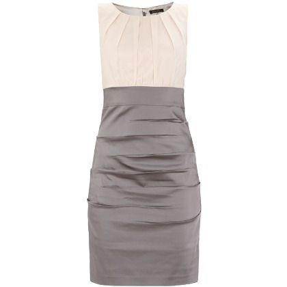 Braunes elegantes kleid
