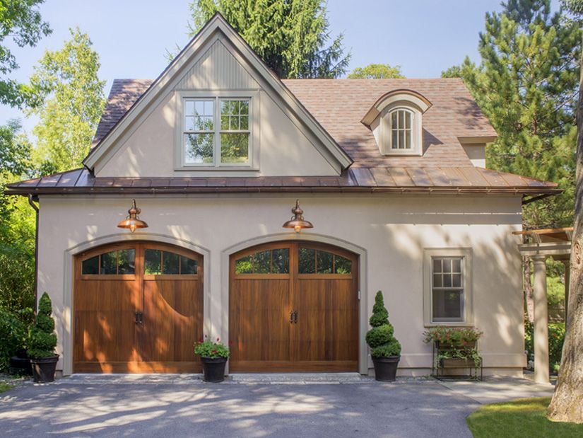 I Like The Garage Doors And The Lamps Garage Door Design Carriage House Plans Garage Design