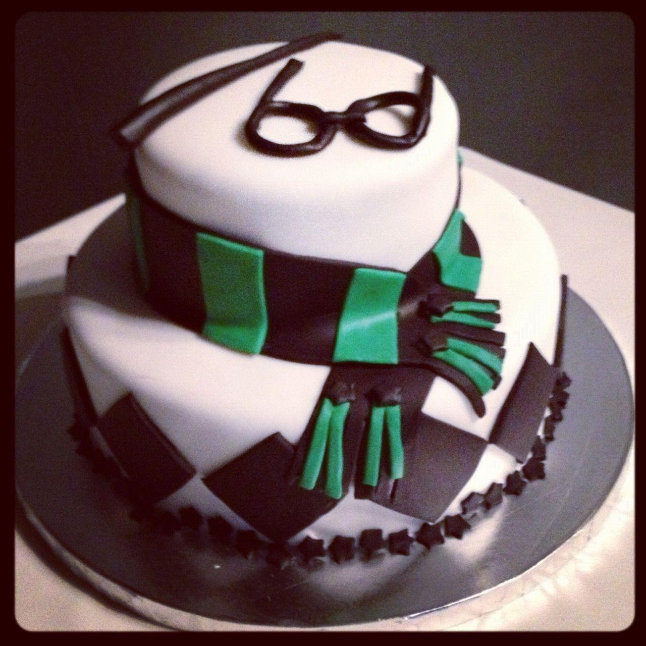Slytherin grooms cake Harry potter cake, Cupcake cakes