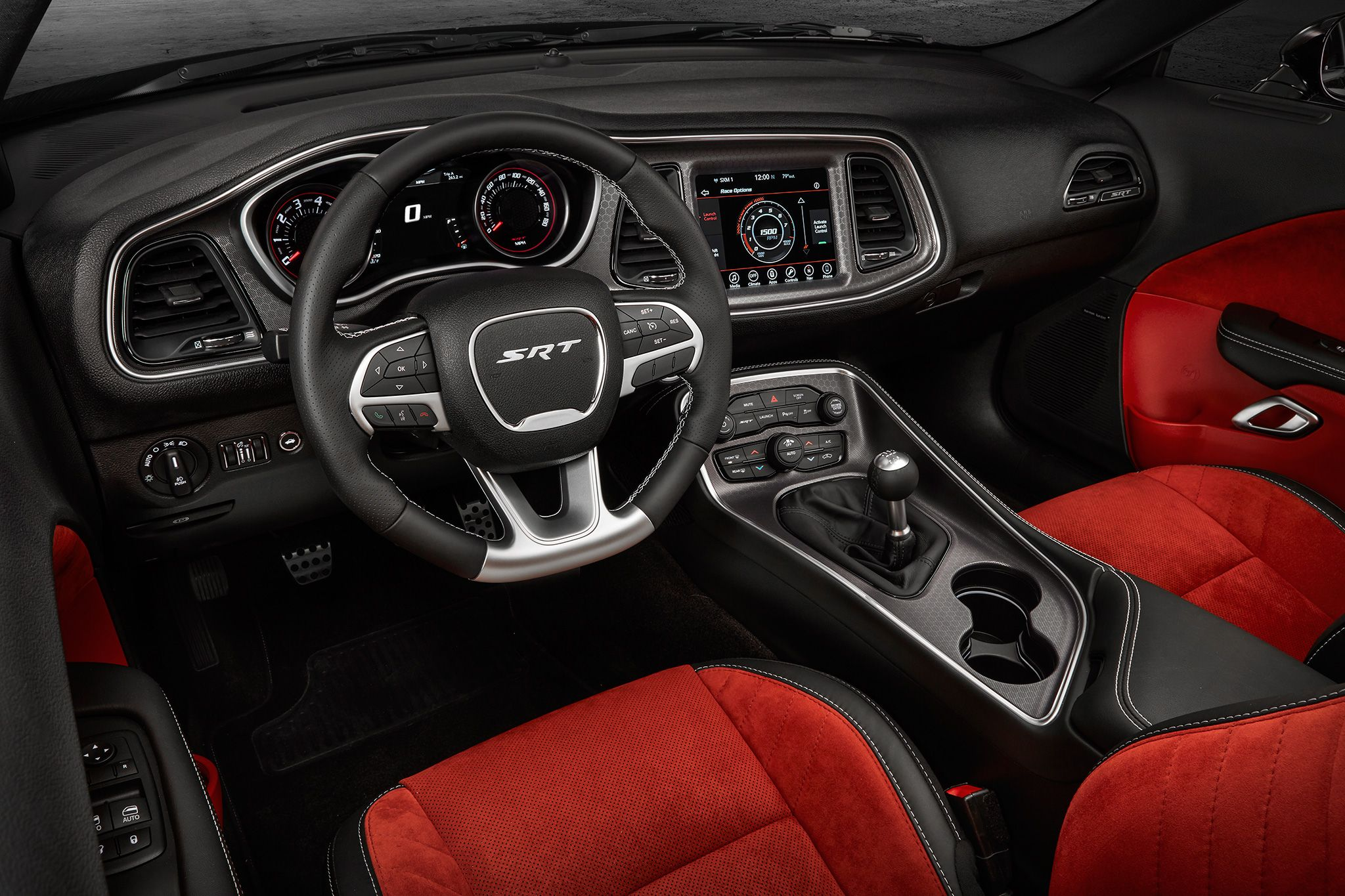 2017 Dodge Challenger Reviews And Rating Motor Trend Dodge Challenger Hellcat Dodge Challenger Srt Hellcat Hellcat Challenger