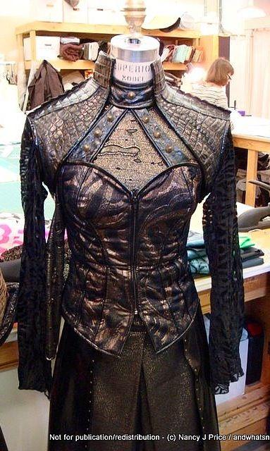 Teyla Emmagan   Wraith Queen Costume   Stargate Atlantis