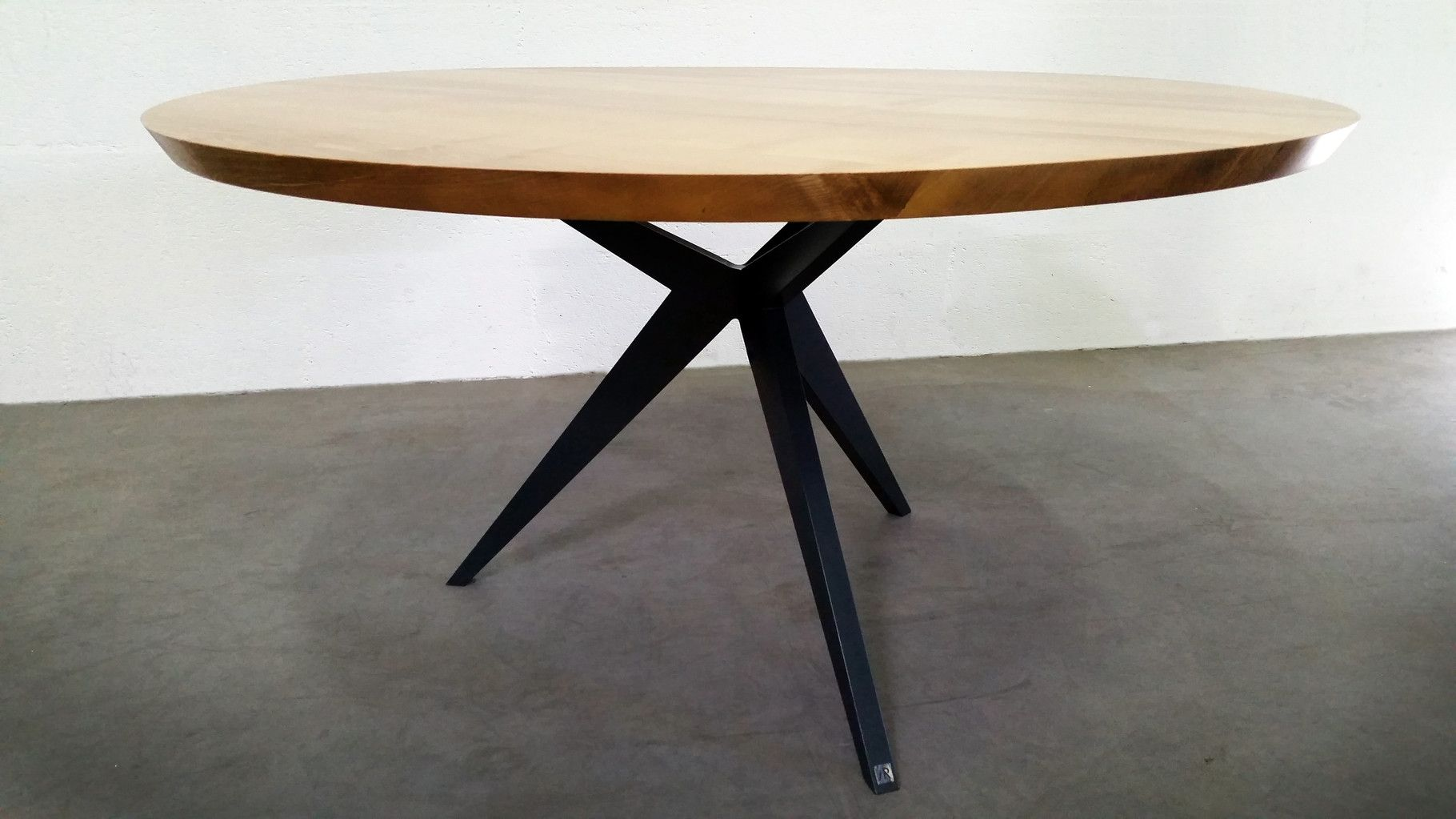 Table repas papillon ronde artmeta tables m tal et for Table bois metal design