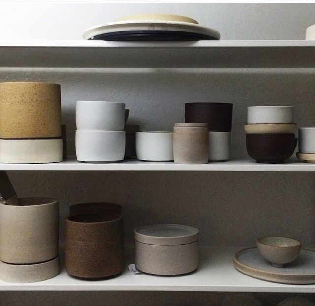 Beautifully minimal ceramics by Miro Chun. @miromadethis www.miromadethis.com