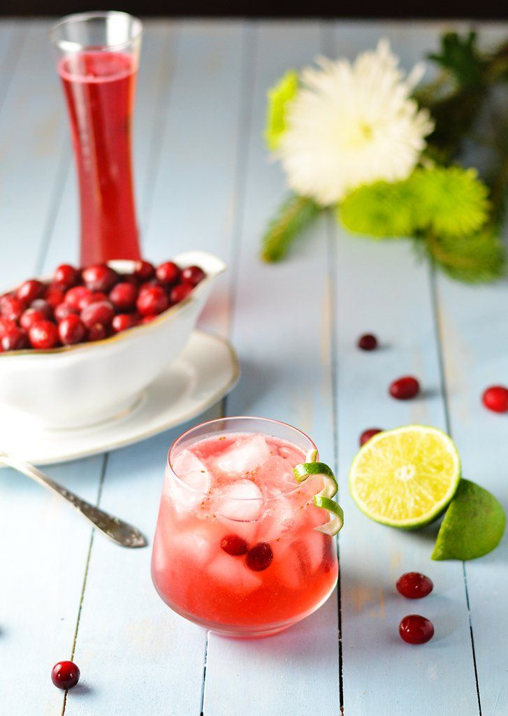 16 Easy-to-Make Latin Cocktails That\u0027ll Spread Holiday Cheer Cheer