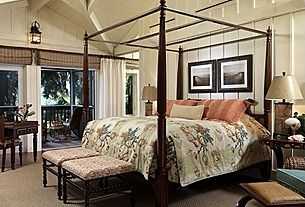 A Colonial bedroom style similar to Danny Foley from American Dream Builders.