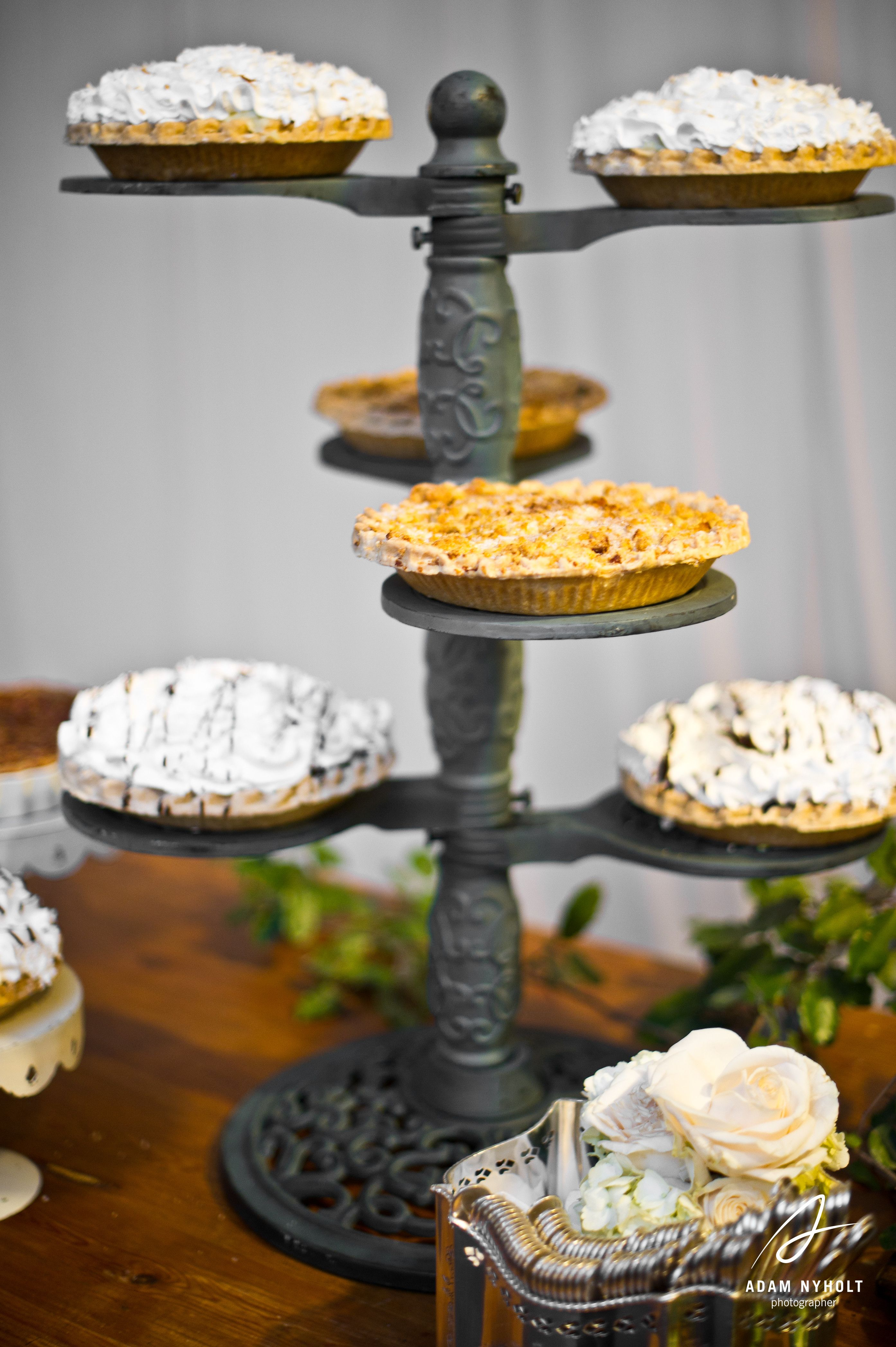 A Pie Table For The Grooms Cake Photography By Adam