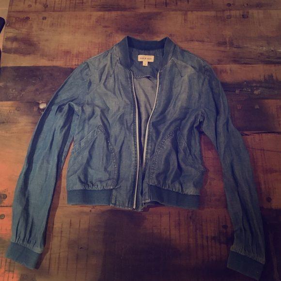 Cloth & Stone Thin 100% Tencil Denim Zip Jacket m Cloth & Stone Thin 100% Tencil Denim Zip Jacket medium - worn once - from Nordstrom Walnut Creek Cloth & Stone Jackets & Coats Jean Jackets