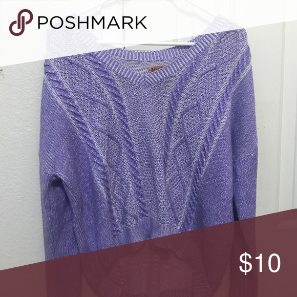 Oversized sweater Great condition Mudd Tops