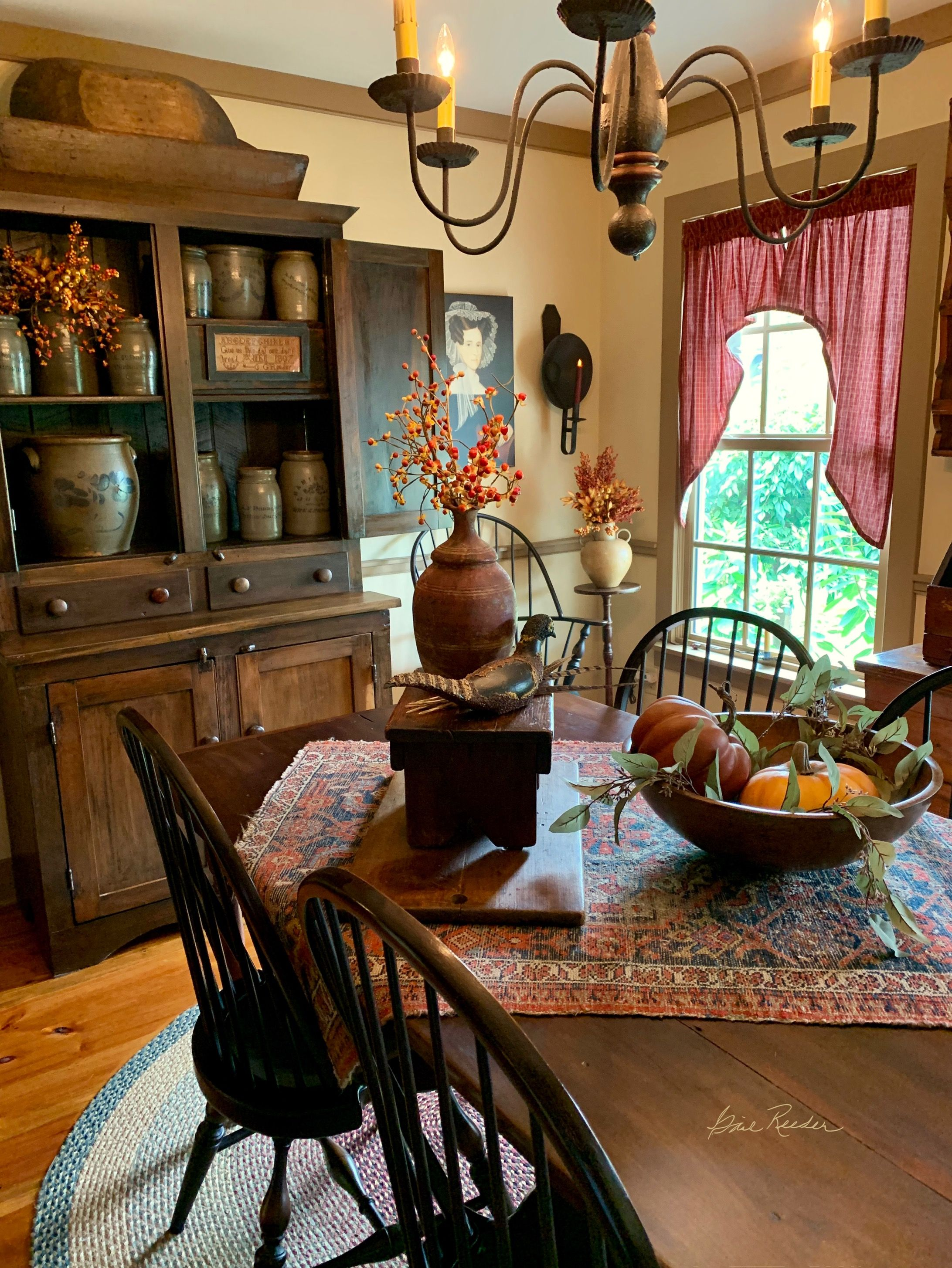 Pin By Olga Lucia Valencia On Fall 2019 My Home Sweet Home Colonial Dining Room Primitive Dining Rooms Decor