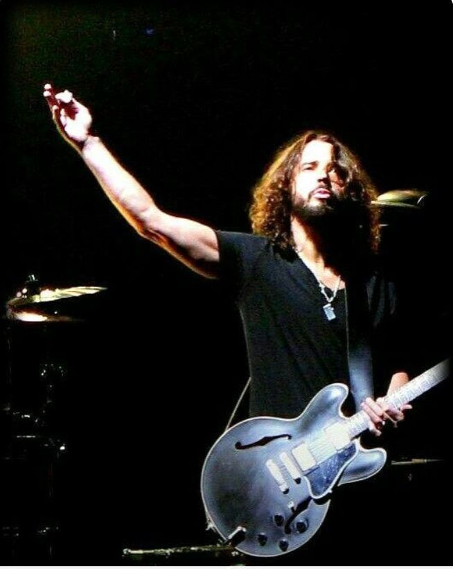 Pin by Claudette Croft on Soundgarden Chris Cornell, Jim
