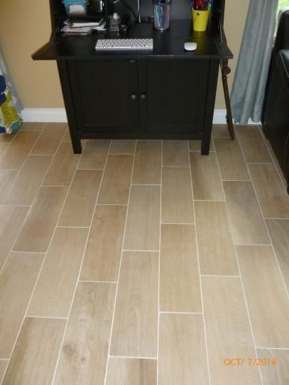Daltile Parkwood Beige 7 In X 20 In Ceramic Floor And Wall Tile 1089 Sq Ft Case