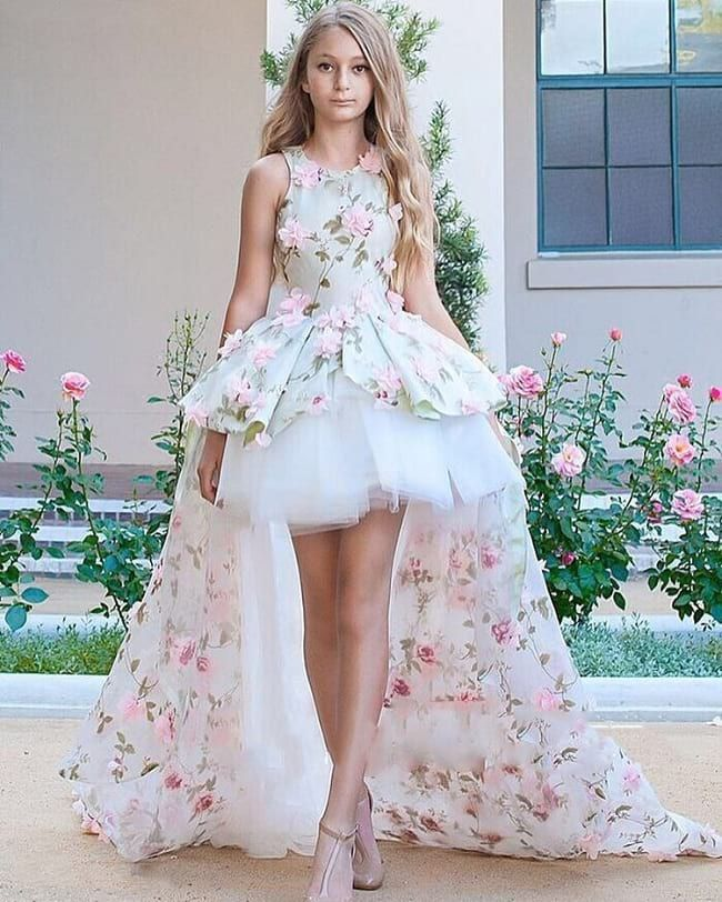 403cd37de5 20 Best Girls' Party Wear Frocks & Dresses Designs for Wedding - LooksGud.  Mint Crew Neck Satin and Tulle High-low Floral Gown