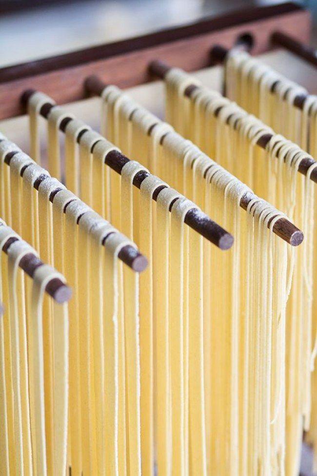 Los cocineros de la Academia Barilla nos dan las claves para cocinar un plato de pasta como si fueras un auténtico italiano. #recetas #comida #pasta #pesto #italia #recipes