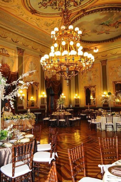 Salones de eventos slp celebra tu fiesta o evento en los for Salones bonitos y baratos