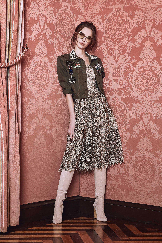 Alice + Olivia Fall 2017 Ready-to-Wear Fashion Show | Perfecta y ...