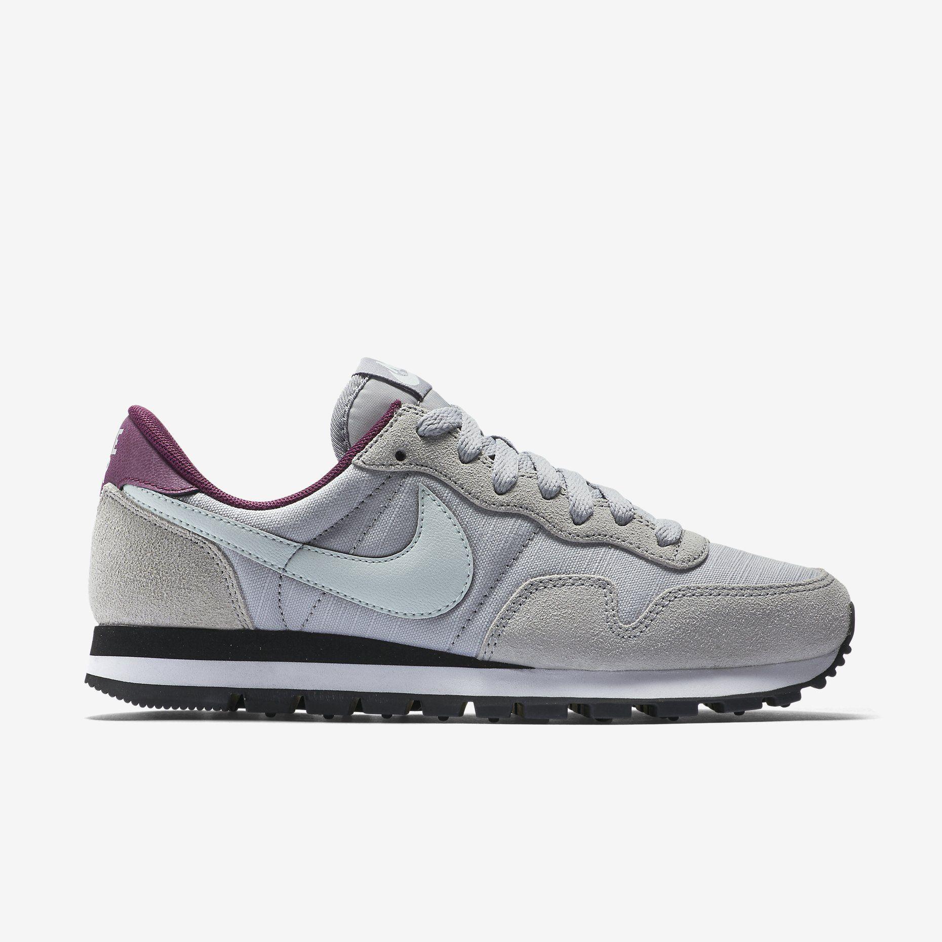 9ce5f660bdb5c Nike Air Pegasus 83 Women s Shoe. Nike Store