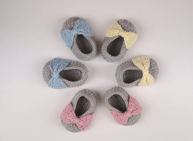 How to Crochet Baby Booties – Crafting Time | crochet | Pinterest
