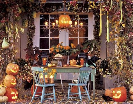 Cant get enough of fall Entertaining Pinterest Halloween porch - halloween decoration ideas home