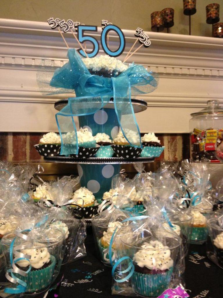 50th Birthday Cupcake Display 50th birthday cupcakes