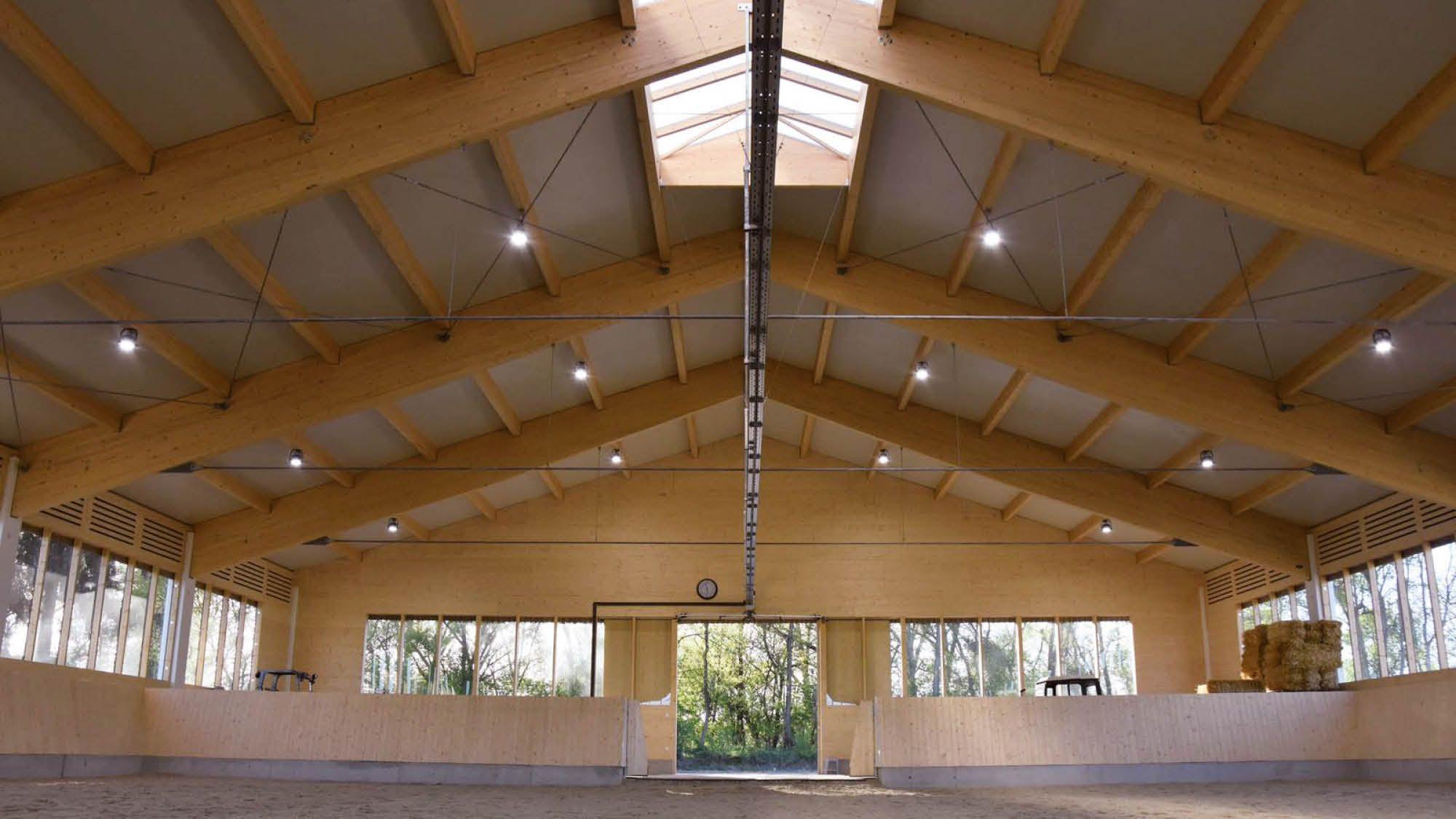 Reitstall Schweizerhof Traismauer Reithalle 2017 04 Reithalle Stalle Halle