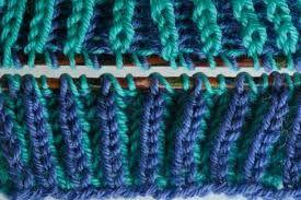 Zwei Farben Stricken