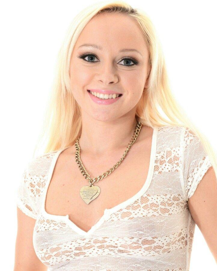 Наоми невена фото, красотки для взрослых лизбиянки