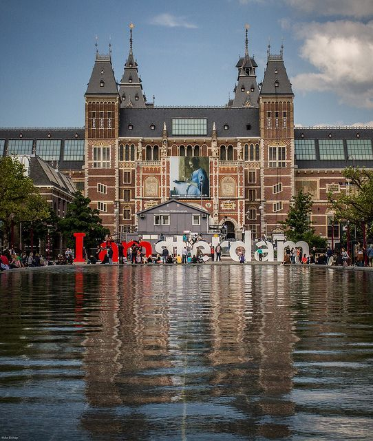 IAmsterdam Sign in front of the Rijksmuseum - 18 stunningly beautiful pictures of Amsterdam - Netherlands Tourism